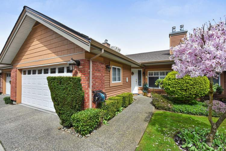 25 5201 Oakmount Cres in Burnaby