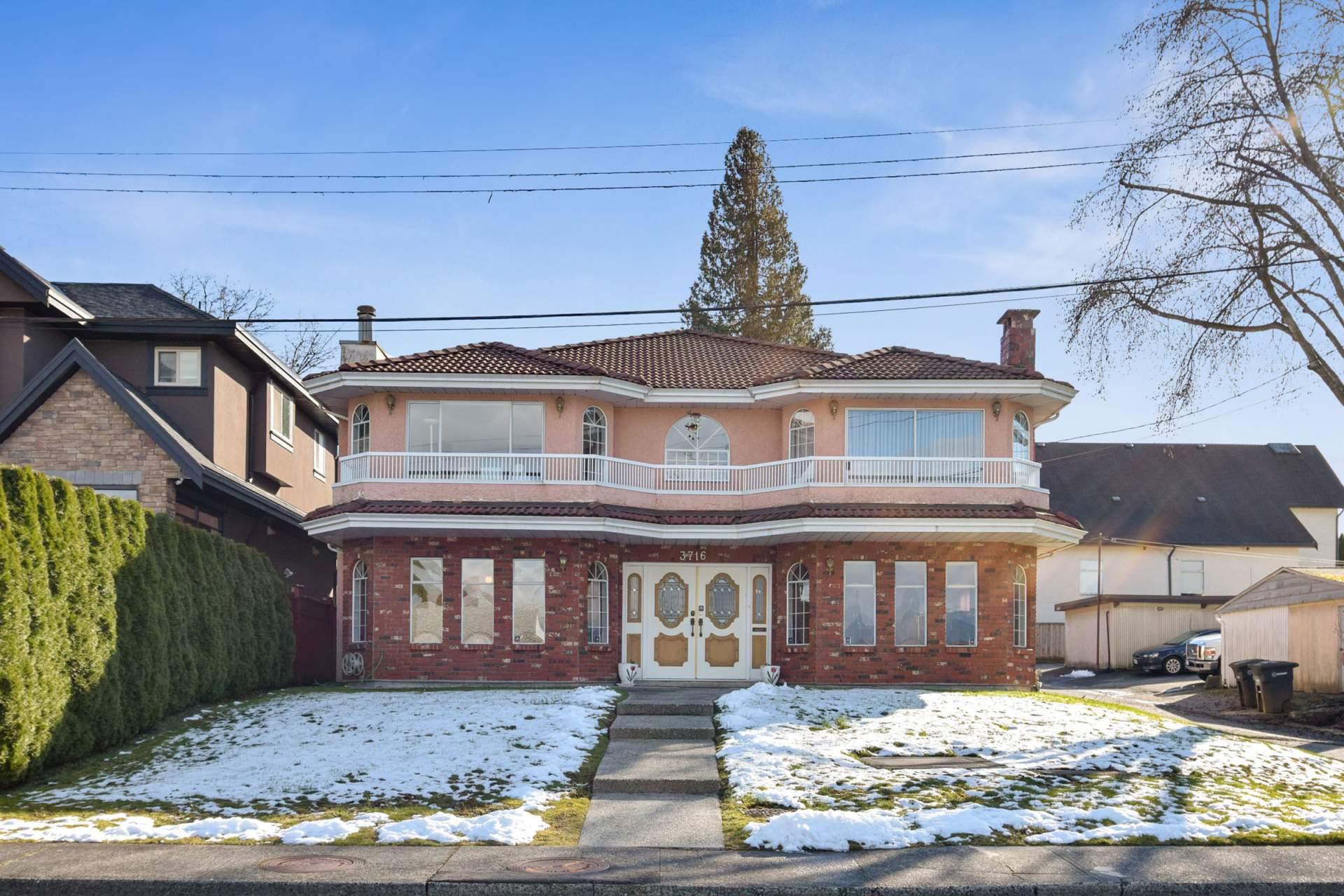 House for Sale 3716 Warren St