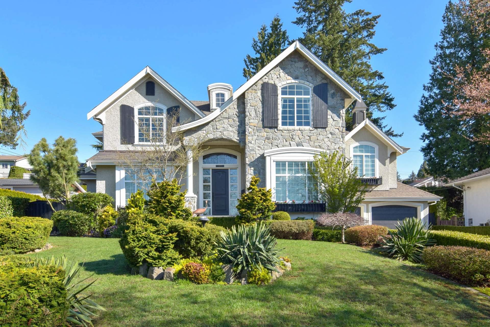 House for Sale 5473 Eglinton