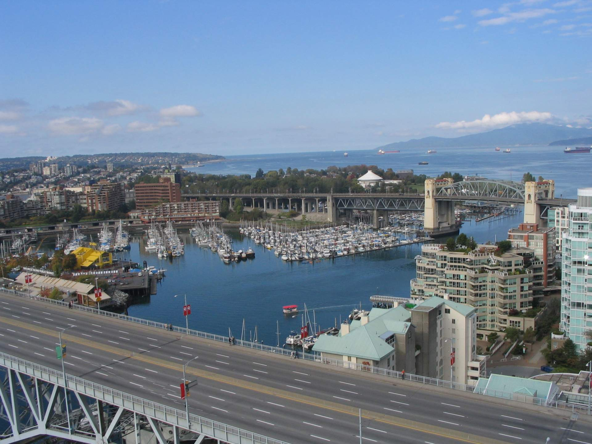Yaletown Condo For Sale