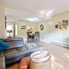 Townhouse at 4252 Garden Grove For Sale