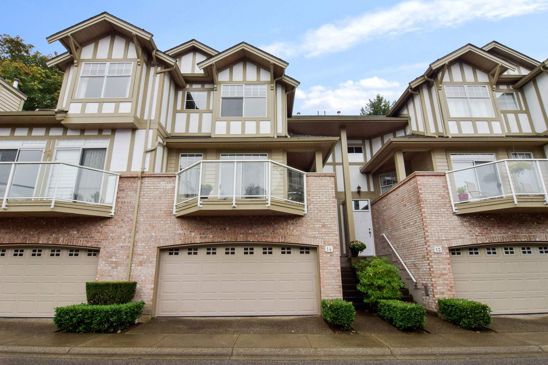 Oaklands Townhouse for sale 14 5221 Oakmount
